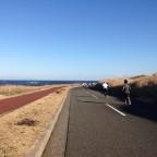 第4回伊豆大島マラソン!腸脛靭帯炎の再発でつらく苦しい42.195kmに。その3